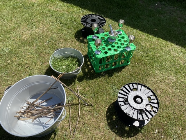 Toys and learning tools in the garden